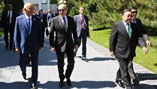 Президент РФ Владимир Путин и президент Узбекистана Ислам Каримов после заседания в Ташкенте Совета глав государств-членов ШОС