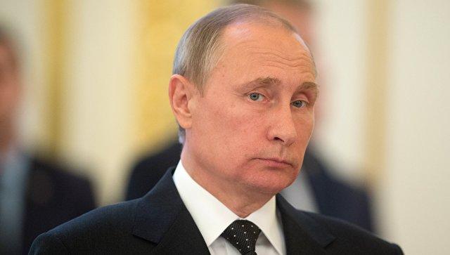 Президент РФ Владимир Путин в Кремле. Архивное фото