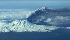 Вулкан Павлова на западе Аляски