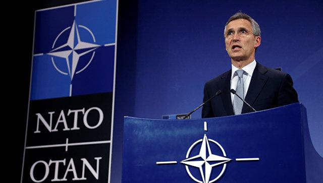Генеральный секретарь НАТО Йенс Столтенберг на пресс-конференции по итогам Совета Россия-НАТО в штаб-квартире альянса в Брюсселе. Бельгия, 13 июля 2016