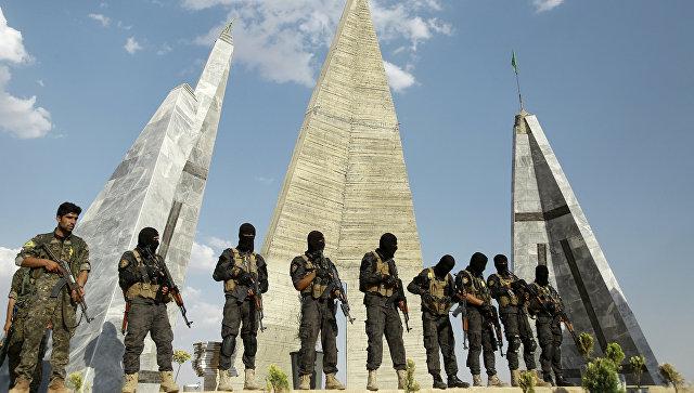 Бойцы союза Демократические силы Сирии. Архивное фото