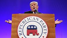 Американский миллиардер Дональд Трамп выступает на митинге Республиканской партии США в Айове. Архив