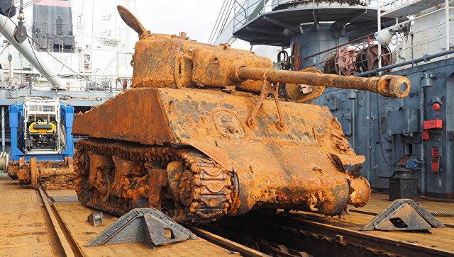 Военные вЛуге получили американский танк Sherman времен ВОВ