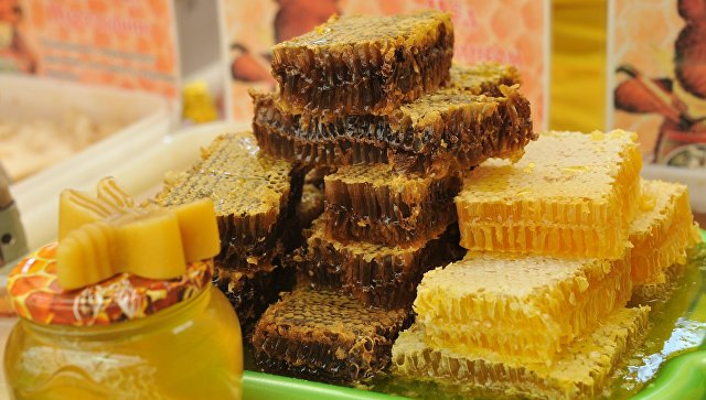 Продукция пчеловодства. Архивное фото
