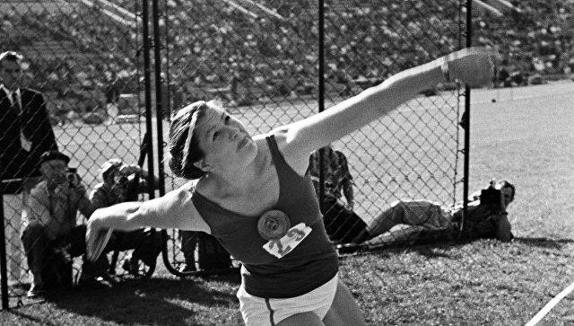 Советская легкоатлетка Нина Пономарева. Архивное фото