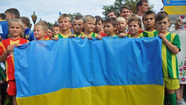 Детское население Украины загоды независмости уменьшилось практически вдвое