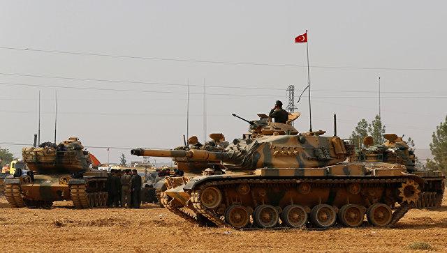 Турецкая бронетехника на границе с Сирией. 25 августа 2016