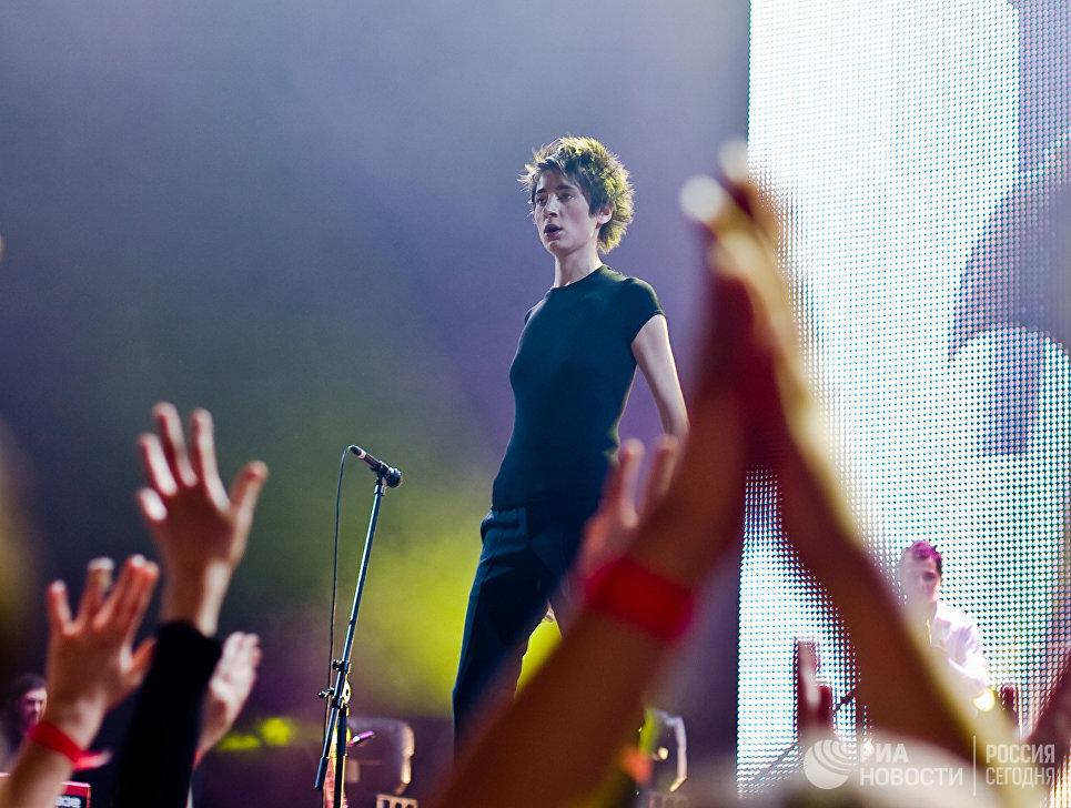 Певица Земфира выступила вчера в Ледовом дворце Санкт-Петербурга с новой сольной программой Спасибо