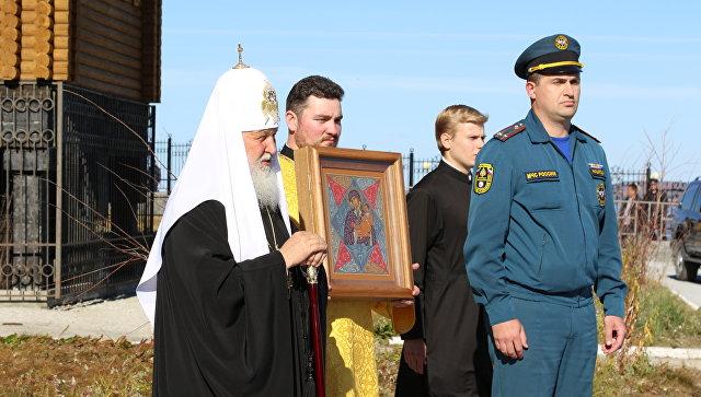 ВЕкатеринбурге работники  МЧС отпраздновали день иконы Божьей Матери Неопалимая Купина