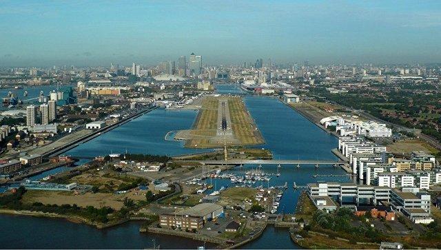 В Великобритании закрыли аэропорт из-за найденной в Темзе бомбы