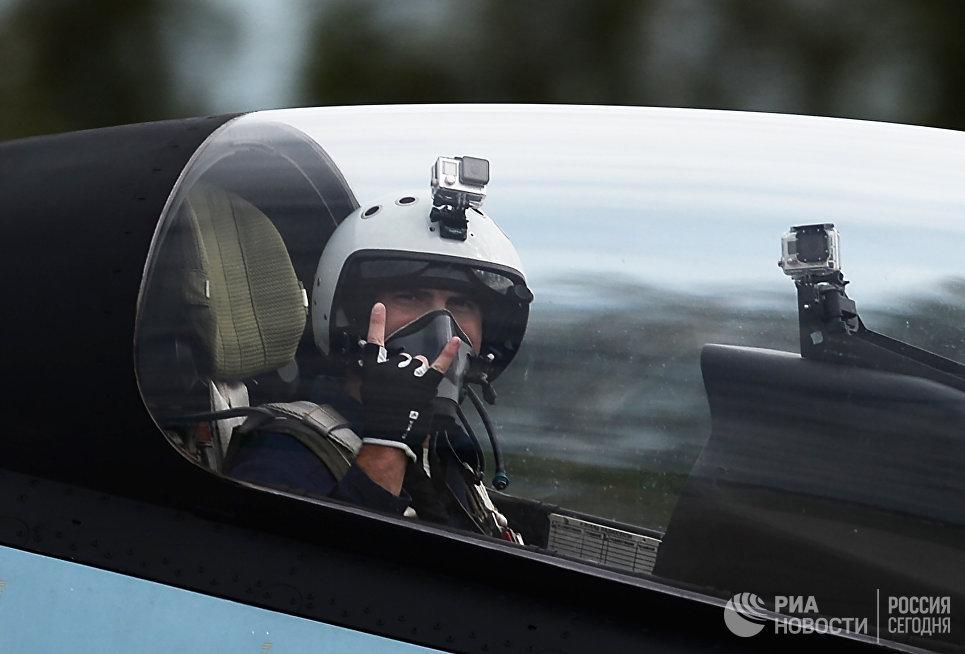 Десантники получат 3D-очки для виртуальных прыжков спарашютом