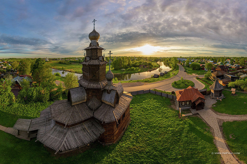 From Russia with love: иностранцы зачастили в Россию - фото 3