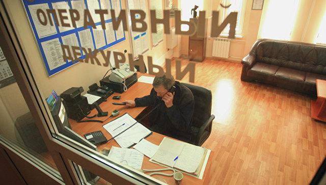 Работа оперативного дежурного МЧС. Архивное фото