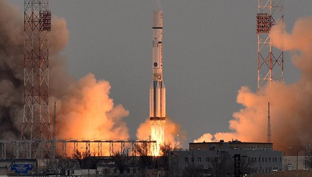 Ракета-носитель Протон-М со станцией ЕxoМars-2016. Архивное фото