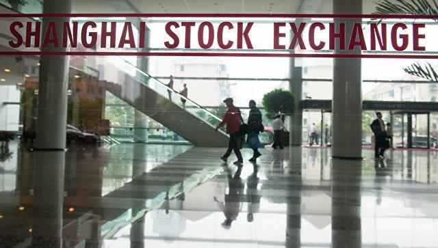 Здание Шанхайской фондовой биржи в Шанхае. Архивное фото