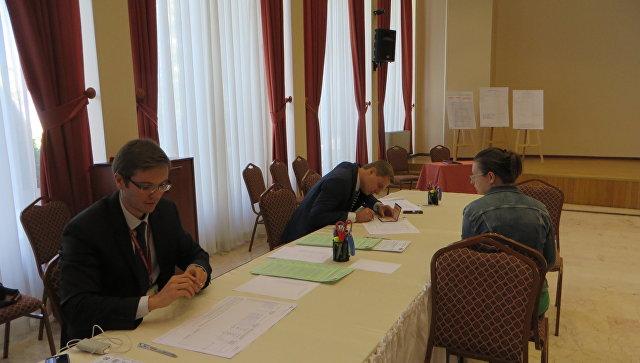 Выборы в Госдуму РФ на избирательном участке в Турции