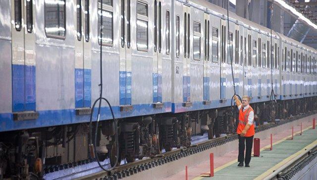 Поезд метрополитена. Архивное фото