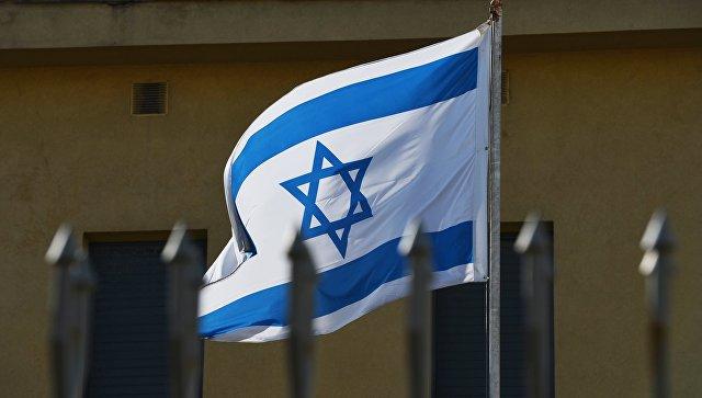 Флаг на территории посольства Израиля в Москве