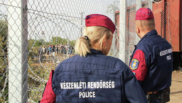 Венгерские полицейские. Архивное фото