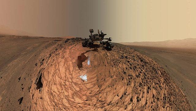 Марсоход Curiosity нашел наМарсе железный метеорит