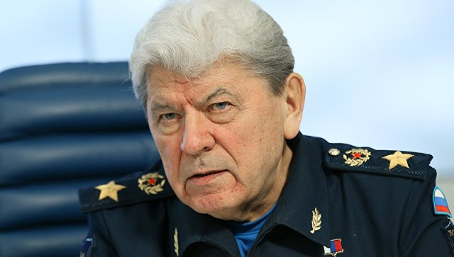Экс-главкома ВВС Дейнекина похоронили в Мытищах