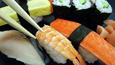 В суши часто добавляют сырую рыбу