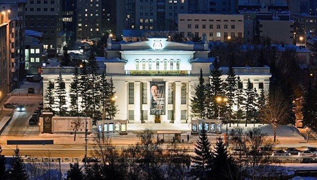 Прошлый начальник Новосибирской филармонии желает вернуть себе пост через суд