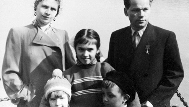 Дети калашникова михаила тимофеевича фото
