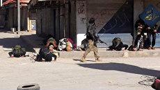 Боевики террористической организации Джебхат ан-Нусра (террористическая организация, запрещенная в России) в провинции Идлиб, Сирия. Архивное фото
