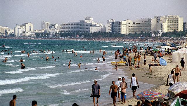 На побережье Средиземного моря в Тунисской Республике. Архивное фото