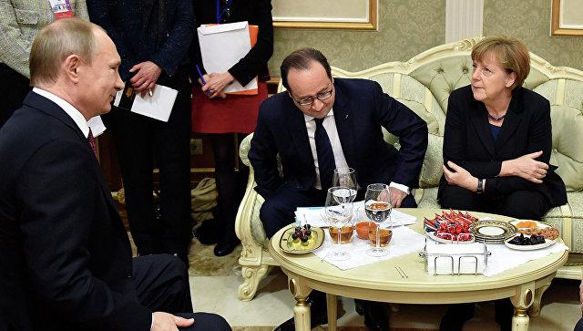 Главы государств во время встречи в Минске. Архивное фото