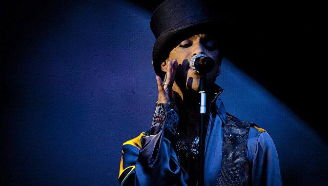 Американский певец Принс Роджерс Нельсон. Архивное фото