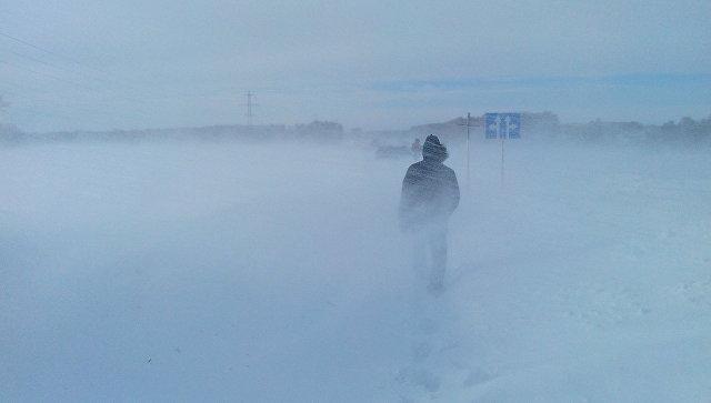 Снежные заторы. Архивное фото