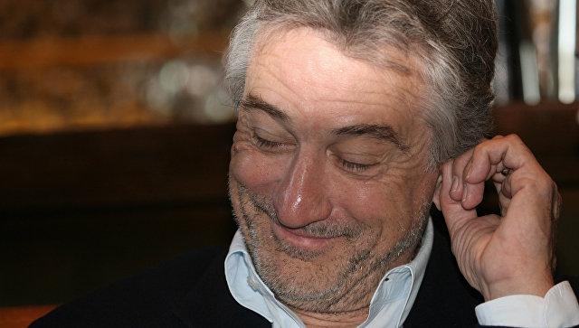 Власти итальянского городка посоветовали убежище Роберту ДеНиро