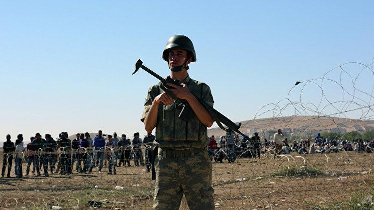 Источник: турецкая артиллерия прикрывает отступление боевиков в Сирии