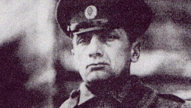 Суд постановил снять мемориальную доску Колчаку вПетербурге