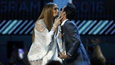 Дженнифер Лопес и Марк Энтони на 17-й ежегодной Latin Grammy Awards в Лас-Вегасе, США