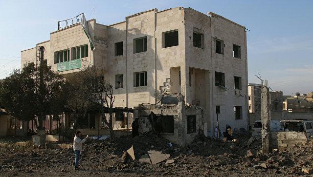 Поврежденная в результате авиаудара больница в городе Аазаз, Сирия. 15 февраля 2016