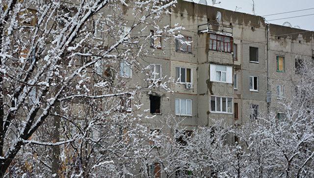 Дома, пострадавшие от обстрелов украинской армии. Архивное фото