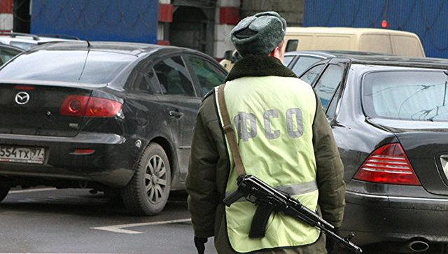 Руководитель «Роснефти» продолжает ездить с«мигалкой» вопреки указу Владимира Путина