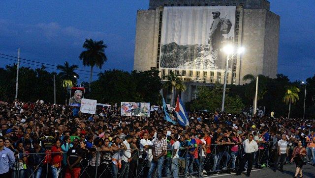 Мадуро назвал В.Путина символом борьбы занезависимость