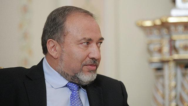 Министр обороны Израиля призвал евреев покинуть Францию