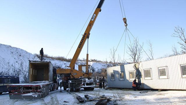 Из-за обстрелов 3 села наЛуганщине без света, ремонтники немогут выехать