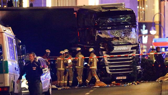 Ситуация в Берлине на месте наезда грузовика на рождественскую ярмарку