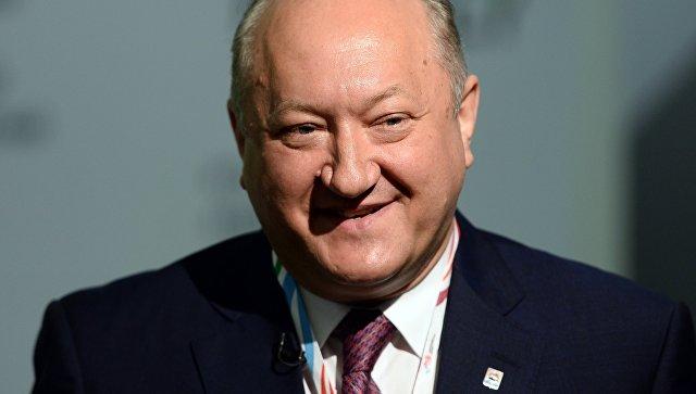 Губернатор Камчатки Владимир Илюхин немного увеличил собственный сезонный заработок