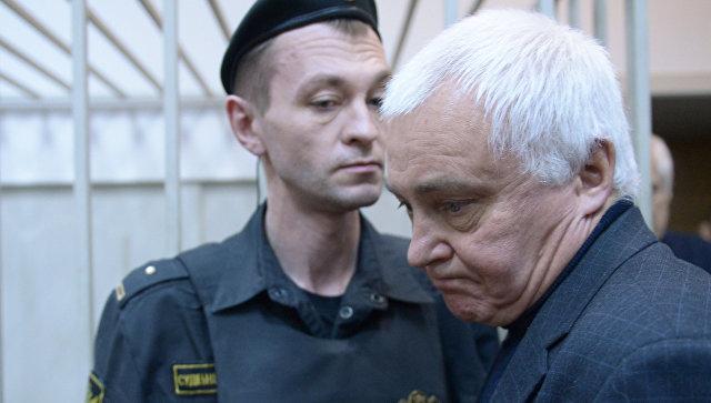 Экс-глава Роспечати оштрафован на100 тыс. руб. запризывы кэкстремизму
