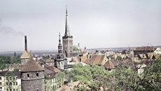 Вид на старинные бастионы и крепость Олевисте. Таллин, Эстония. Архивное фото