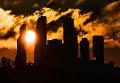 Рассвет над комплексом Москва-сити в Москве