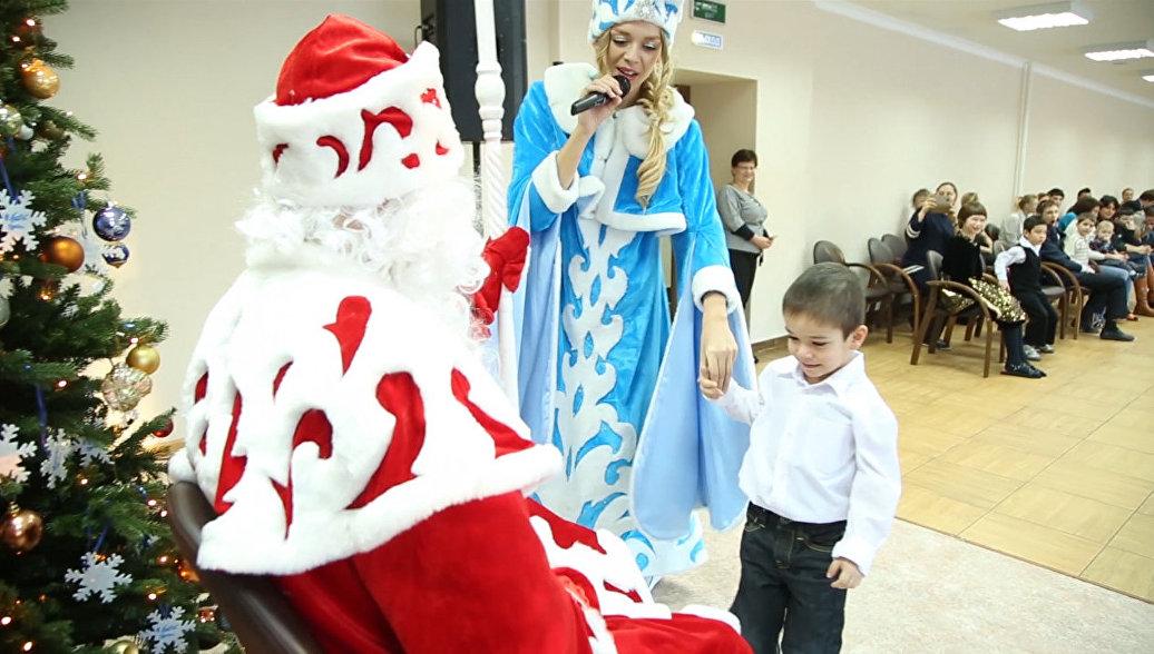 Благотворительная новогодняя ёлка в Центре содействия семейному воспитанию Наш дом