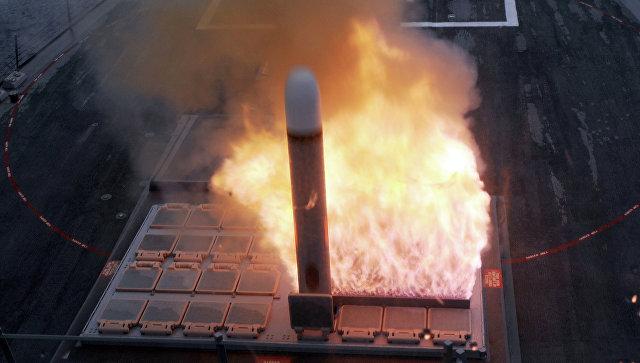 Запуск ракеты Томагавк из установки Mark 41